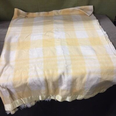 "VINTAGE WOOL BLANKET LIGHT YELLOW AND WHITE CHECKS WITH SATIN EDGE 60"" x 80"""