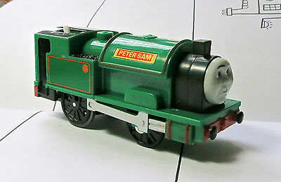 New Loose Thomas & Friends Trackmaster Motorized Engine Peter Sam