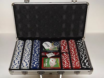 300 Piece Poker Set Complete With Casino Style Case