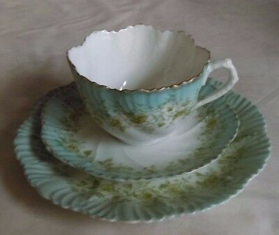 Teacup Trio Blue White Green Gold Scalloped Edge bone china vintage