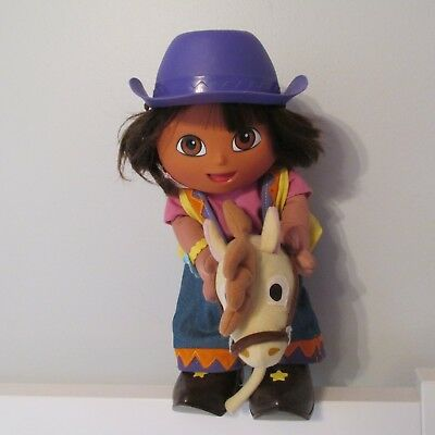 2002 Fisher Price Dora The Explorer Cowgirl On Stick Horse Talking Doll Toy