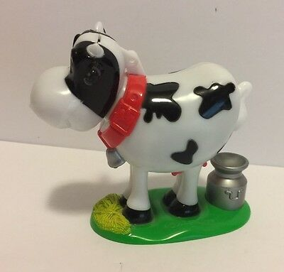 Galerie Pooping Cow Candy Dispenser – Novelty – Makes Mooing Sound