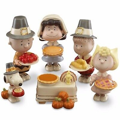 Lenox Peanuts Thanksgiving Pilgrim Figurines Dinner Snoopy Charlie Brown Pie NEW