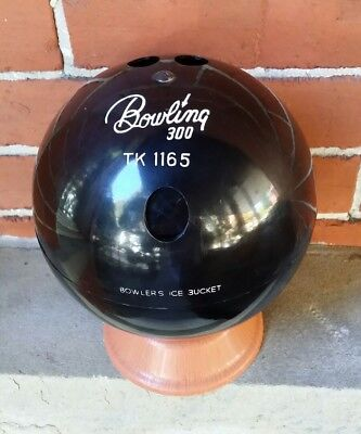 VINTAGE 1970's BOWLING BALL BOWLER'S ICE BUCKET,  A MUST FOR THE BOWLER !