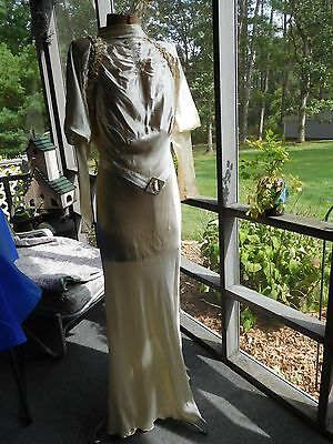 Antique 1930s Art Deco Off-White/Beige GOWN WEDDING DRESS in SATIN~Size Small