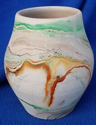 "Beautiful Vintage Nemadji Swirl Pottery Excellent Condition 5"" Tall Usa"