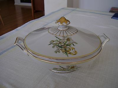 Heinrich H C Selb 15996 Gold Yellow Trim Flowers Ribbon Covered Serving Bowl.