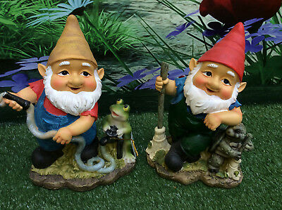 Large 22cm gardening gnome - with frog or turtle (tortoise) garden gnomes