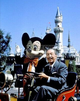 "Walt Disney & ""mickey Mouse"" In Front Of Castle @ Disneyland 8X10 Photo (Fb-453)"