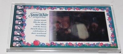 Snow White Lenticular Cel Walt Disney Showcase Collection