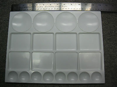 """Large Artist Plastic  Mixing Palette  10"""" X13"""" Water Color And More!"""