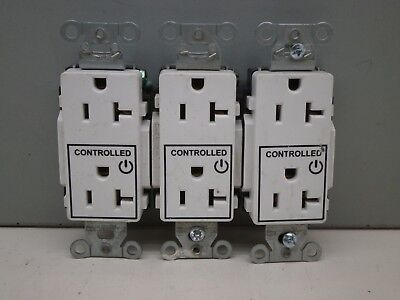 (3) Hubbell DR20C1WHI Decorator Duplex Receptacle Controlled Applications 20A