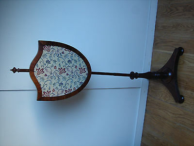 Regency Rosewood Pole Screen circa 1820 Sheild shape screen tripod base