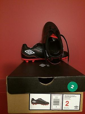 UMBRO Junior Citadel Black/White/Red Soccer Shoe - Size 2 - NIB