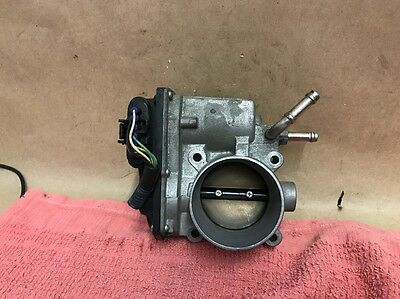 2005-08 Toyota Corolla 1.8 Throttle Body OEM 22030-0D031