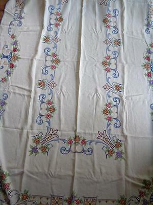 Large Hand Embroidered Vintage Tablecloth Cross Stitch Flowers 12  Napkins