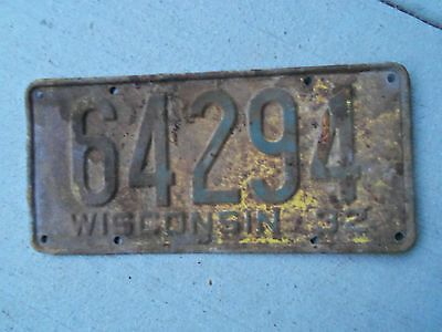 1932  Wisconsin License Plate   1932 Ford 1932 Chevrolet?