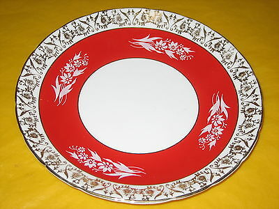 "HM ROYAL SUTHERLAND RED/GOLD LUSTER CAKE PLATE   dia 9"" (0.45/376)"
