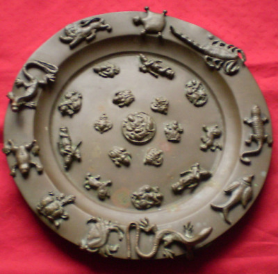 19C Chinese Footed Brass 'Reptile' Plate. Good Original Condition. 24cm diameter