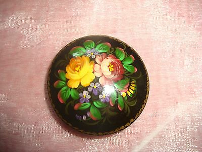 Vtg Hand Painted Russian Black Laquer Artist Signed Roses Wood Brooch