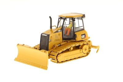 Diecast Masters Real Replica CAT  D6K XL Track-Type Tractor 1:50 Scale 85192