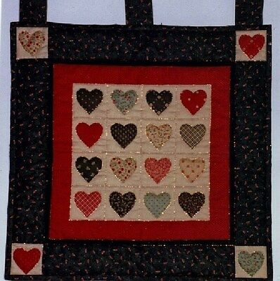 Hearts with Navy Borders Quilt Wallhanging Kit