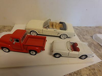 LOT of 3 VINTAGE DIECAST CHEVROLET CORVETTE DIE CAST and ford classics