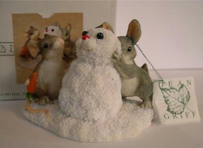 Charming Tails * Building A Snowbunny * Bunny * Mouse