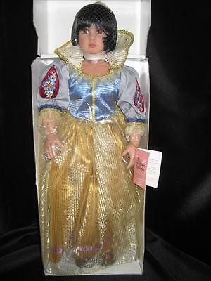 "Paradise Galleries ""Snow White"" doll by Linda Mason NRFB 20"" Doll w TAG & Stand"