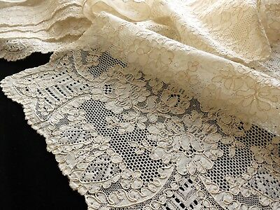 PRETTY FLOWERS & SCALLOPING Set 8 Placemats Antique FRENCH ALENCON LACE Wedding