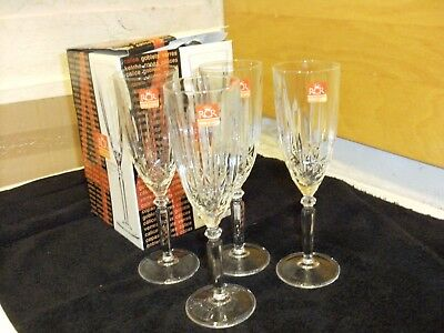 Rcr 4  Crystal Champagne Flutes Glasses New