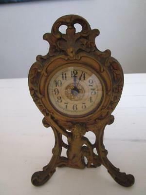 D39003 Vintage Western Clock MFG Co USA Mantle Clock Gold French Style