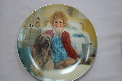 Annie Collector Plate Series: Annie and Sandy