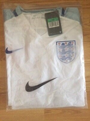 England Home White Football Shirt XL new with tags