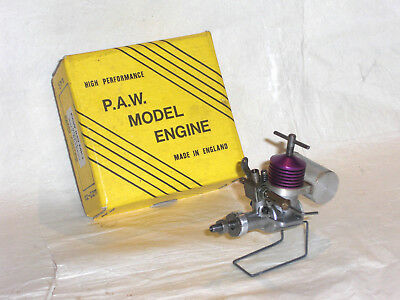A USED, VINTAGE, PAW-049 MkI, B/B, R/C 0.8cc?? PURPLE HEAD, DIESEL MODEL ENGINE
