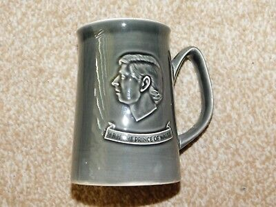 Holkham Pottery Dark Grey Prince Of Wales Investiture Caernarvon 1969 Tankard