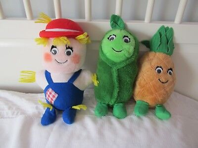 DEL MONTE Lot of 3 Country Yumkin Plush DOLL Fruit & Vegetable PEA PINEAPPLE #1