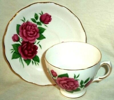 Royal Vale Footed Cup & Saucer Red & Pink Carnations Gold Trim Made in England