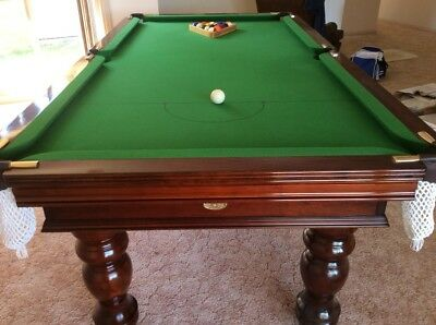 Pool Table Royal Slate, green cloth,walnut gloss