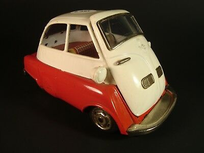 Vintage Tin Litho ISETTA #588 -- 1950's -- Friction Japan -- Very nice condition