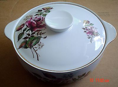 Alfred Meakin Glo White Ironstone Lidded Tureen Rose Design