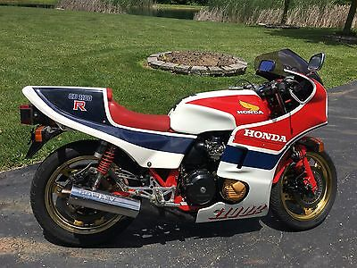 1982 Honda CB  CB1100R Rare 1982 Vintage Race bike only 1500 made. US Title.  CB1100RC
