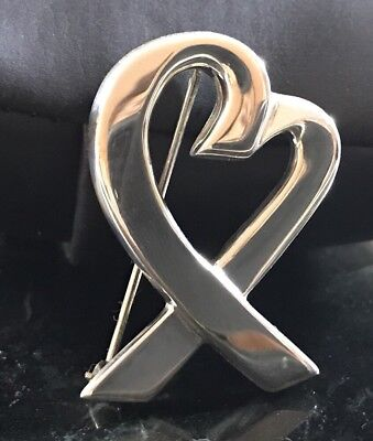 Tiffany & Co. Paloma Picasso Sterling Silver Loving Heart Pin Brooch