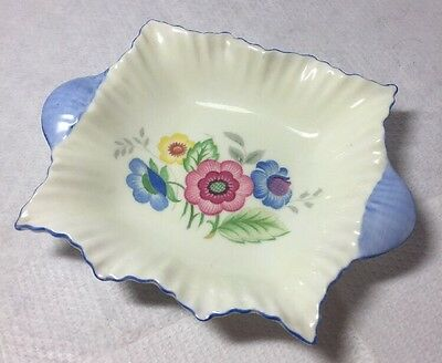 Vintage Pretty Shelley Floral Flower Design Pin Bonbon Dish