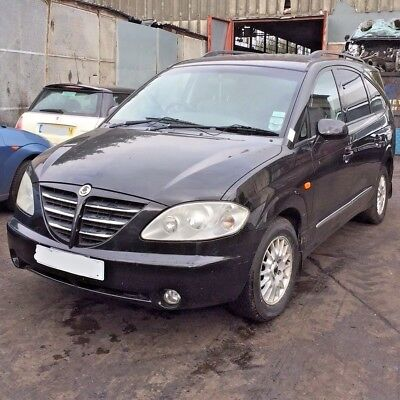 Ssangyong Rodius 270 S Mpv 2.7D - Currently Breaking For All Parts