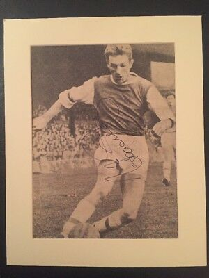 George Eastham of Arsenal Autograph