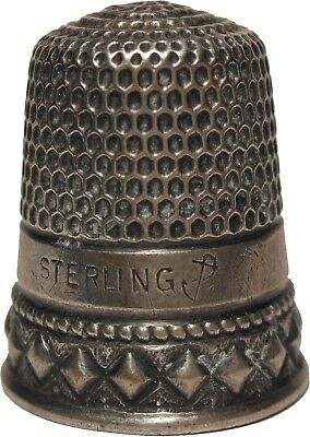 Goldsmith, Stern Sterling Silver Two Band Diamond Shapes Thimble c.1890s