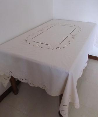 Vintage Large Banquet TABLECLOTH Lovely Cut Out Work