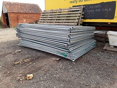 Harris Fenceing 30 Panels All In Very Good Condition  £18.00 Each