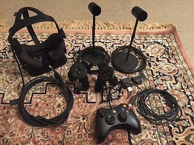 Oculus Rift VR Headset CV1 with touch controllers & Extra's